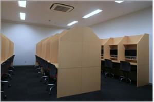 図書室・ビデオ視聴室